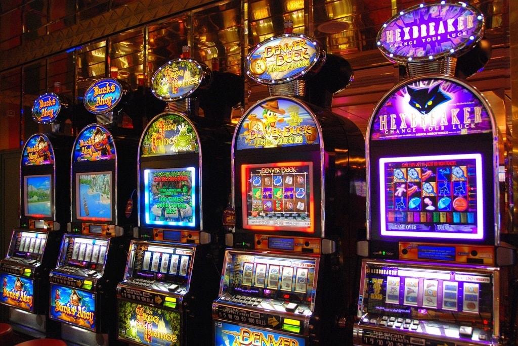 casino slot machine types